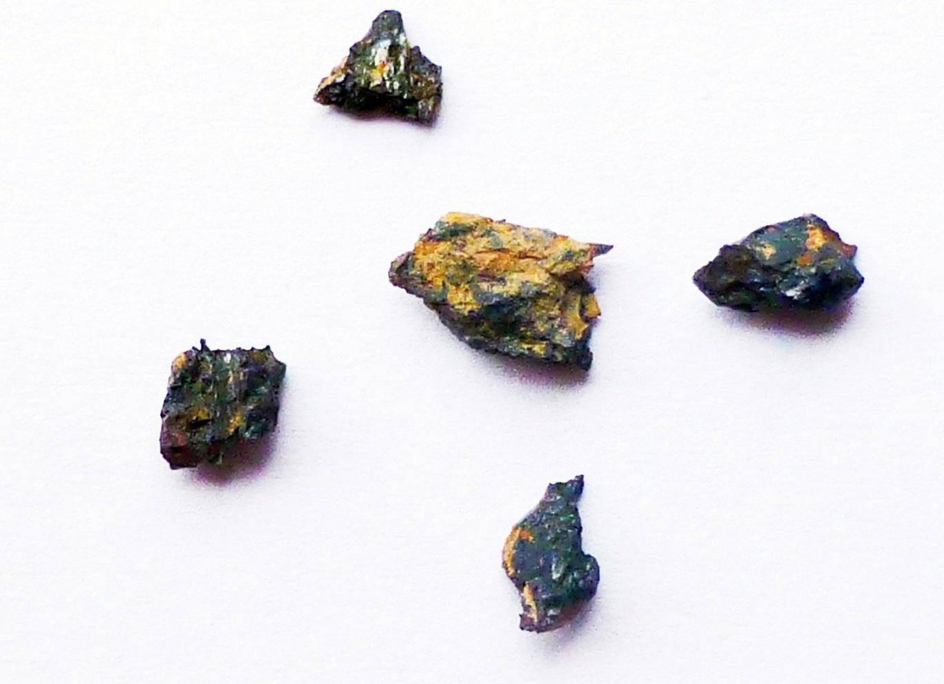 Pedra alienígena encontrada no Egito confunde cientistas